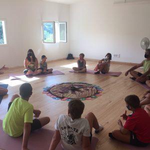Lurederra yoga en familia